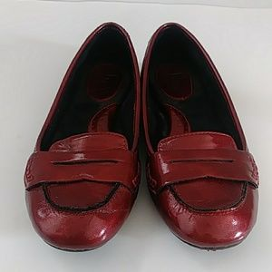 B.O.C. RED SHINY LOAFERS SIZE 36.5